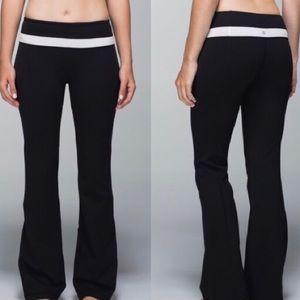 LULULEMON | Groove Reversible Yoga Pants